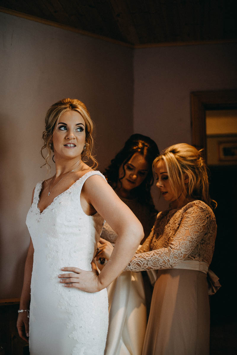 bride getting ready irish wedding